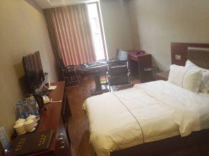 龍裏卓程酒店