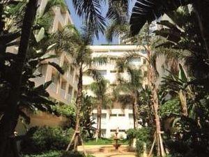 貝魯特默維皮克酒店(Mövenpick Hotel Beirut)