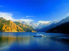 新疆喀纳斯喀纳斯景区天山天池+五彩滩8日7晚跟团游· 纯玩天山天池 五彩滩 魔鬼城 喀纳斯湖 禾木 可可托海 喀纳斯全景环线