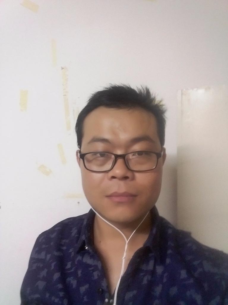 小刘青海旅游包车