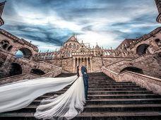 全球旅拍·匈牙利布达佩斯2天·旅拍婚纱照拍摄套餐(全程中文团队服务,所有底片全部赠送,含往返景点用车)