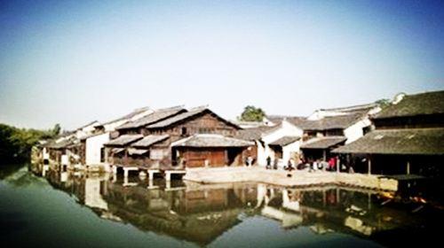杭州+乌镇2日1晚跟团游·高铁往返,游西湖、飞来峰、千年古镇