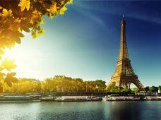 比利时+卢森堡+德国+法国5日跟团游·【法兰克福上团布鲁塞尔散团+当地四星酒店 】 香内卡河畔海德堡+马克思故乡特里尔+袖珍小国卢森堡+浪漫之都巴黎+欧盟总部布鲁塞尔