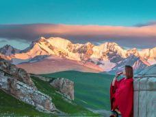 西藏阿里13日12晚半自助游·阿里大北线普拉多越野环线之旅,珠峰大本营+扎什伦布寺+纳木措+圣象天门+古格王朝+札达土林等一措再错,【赠送氧气、矿泉水、边防证】,我们一起去世界的屋脊,看醉美的天地!