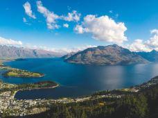 新西兰南岛+皇后镇+库克山+达尼丁+蒂阿瑙5日4晚跟团游·11月鲁冰花季!度假休闲之旅