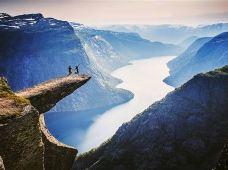 德国+瑞典+挪威+丹麦7日跟团游·北欧旺季整季发班~挪威深度游【壮美双峡湾 1晚夜宿邮轮】挪威缩影—松恩峡湾游船和高山小火车体验+卑尔根鱼市+奥斯陆+童话之都哥本哈根