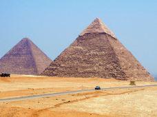 埃及开罗+亚历山大3日2晚跟团游(4钻)·吉萨金字塔+开罗老城区+塞加拉阶梯金字塔+亚历山大经典+持证中文导游+全年发团