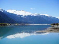 自然野奢·西藏8天·【2人私家团+5星松赞酒店】&【品雪山下午茶+原始森林徒步+近距离欣赏蓝色冰川+朝圣布达拉宫】,走进拉萨,到天堂与雪山相遇的地方