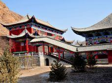 全球户外·金昌武当山穿越圣容寺2日游,宿圣容山庄,体验民俗文化