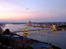奥地利+捷克+斯洛伐克+匈牙利5日跟团游·【当地三星酒店】法兰克福集散/慕尼黑上团纽伦堡散团 莫扎特故乡萨尔茨堡+音乐之都维也纳+多瑙河明珠布达佩斯+金色布拉格