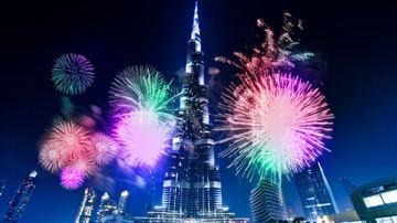 阿联酋迪拜+阿布扎比双岛6日4晚跟团游(5钻)·特价5799+国五+赠冲沙+马斯达尔城+可联运CZ