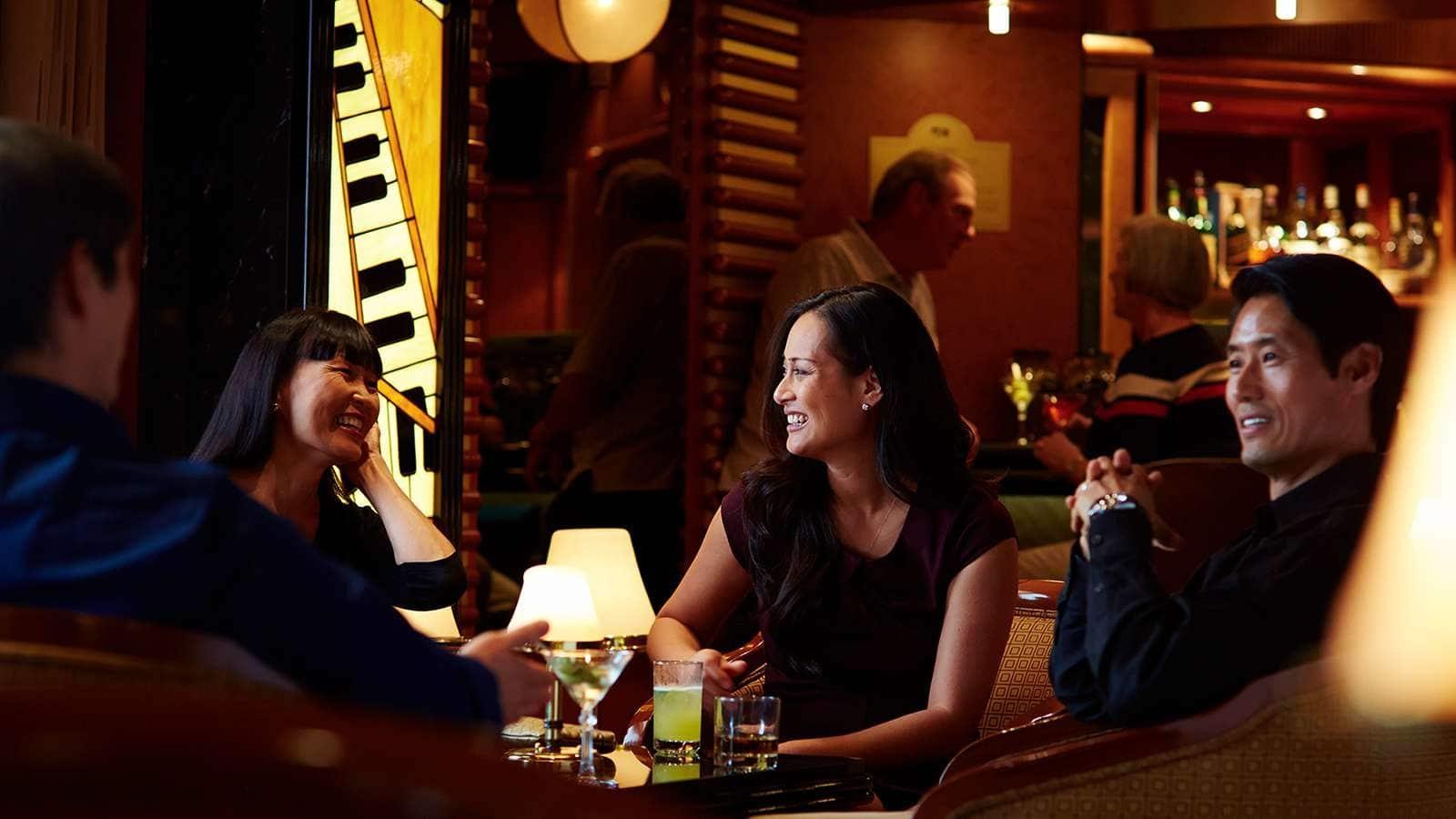克罗地亚酒吧 Crooners Lounge & Bar
