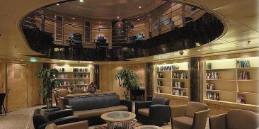 阅览室和棋牌室