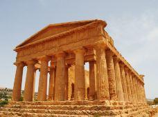 意大利7日6晚跟团游·西西里岛奇遇·极速确认·【罗马集散】庞贝古城+2晚邮轮+那不勒斯+阿波罗神殿+贝拉岛+埃特纳火山+阿玛菲海岸