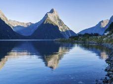新西兰南岛+北岛9日8晚跟团游·先南岛后北岛 基督城-格雷茅斯-福克斯冰川-蒂阿瑙-米尔福德峡湾-皇后镇-但尼丁-奥玛鲁-奥克兰-罗托鲁瓦 龙虾三文鱼美食