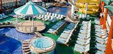 游泳池 Tahitian Pool