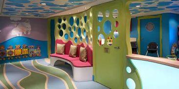 孔雀鱼活动室