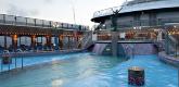 船前泳池 Sirens Forward Pool