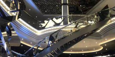 施华洛世奇水晶楼梯