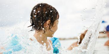 儿童与青少年泳池
