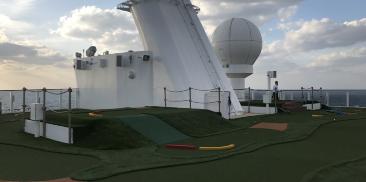 迷你高尔夫设施