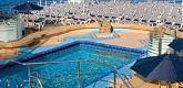 室外游泳池 Outdoor Swimming Pool