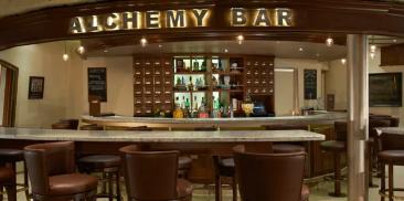 炼金术酒吧