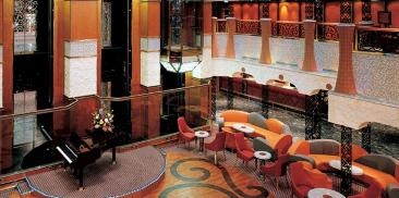 鲜花大厅&酒吧