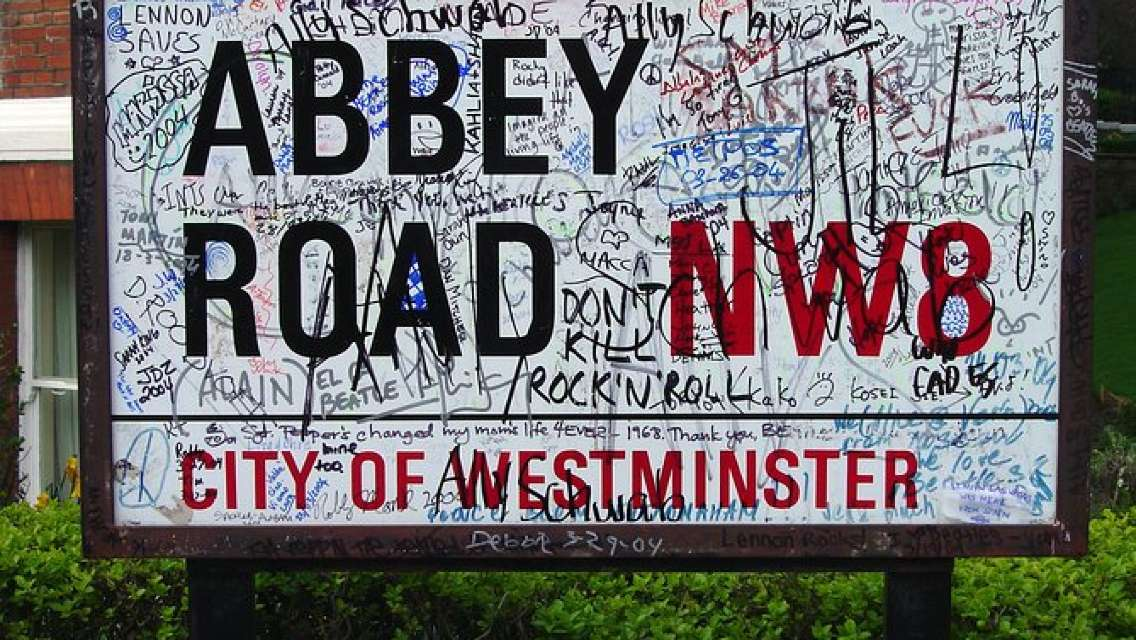 Music of London Rock And Pop Private 3-Hour Walking Tour