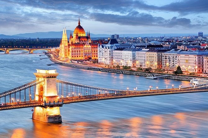 Private Day Trip from Bratislava to Budapest