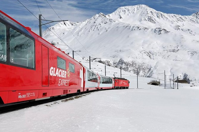 Glacier Express one day round trip with private tourguide - starts in Basel