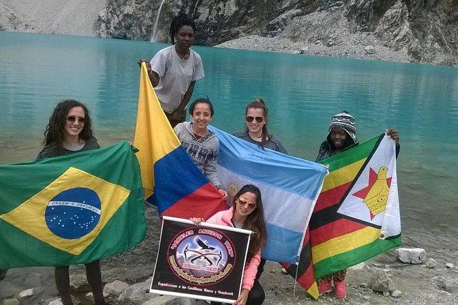 69 Lake - Cordillera Blanca