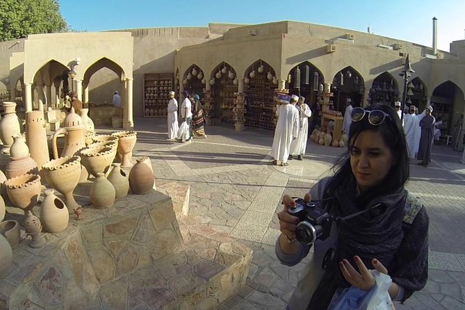 Nizwa , Bahla and Jabrin fort (Weddings and honeymooners)