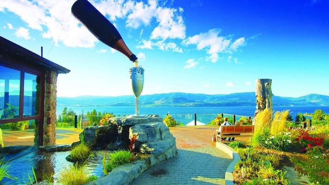 Kelowna or West Kelowna Afternoon Sightseeing Wine Tour