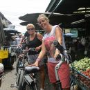 Countryside Bangkok and a Local Floating Market Tour by Bicycle Including Lunch