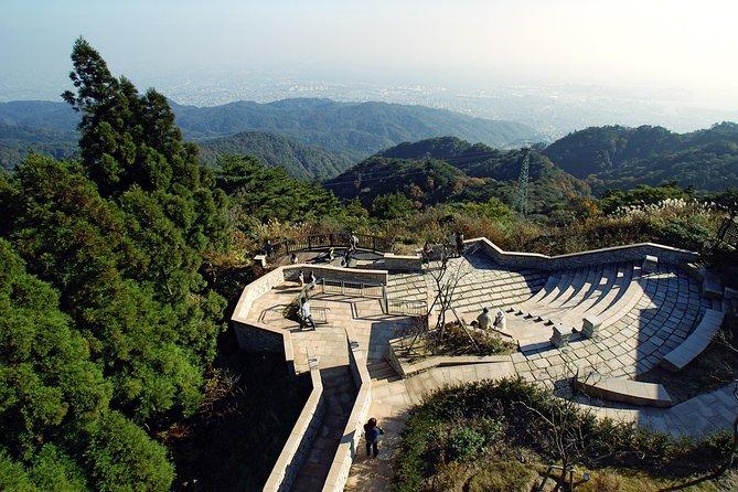 大阪発の神戸の山々、植物園、温泉を訪れる日帰りプライベート・ツアー