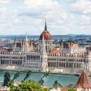 Budapest Full-Day Trip From Vienna with Accommodation Pick Up