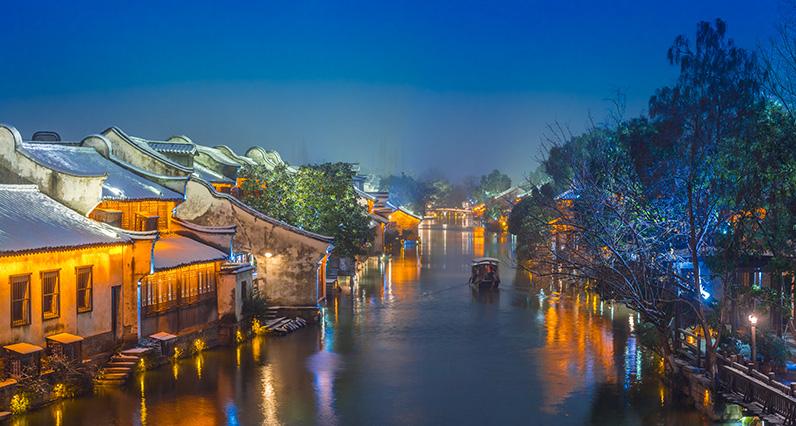 杭州西湖+遊船+雷峰塔一日遊(烏鎮西柵/西溪濕地/靈隱寺/宋城 4選1)