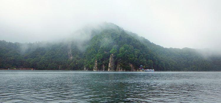 Longwanqun National Forest Park of Jilin3