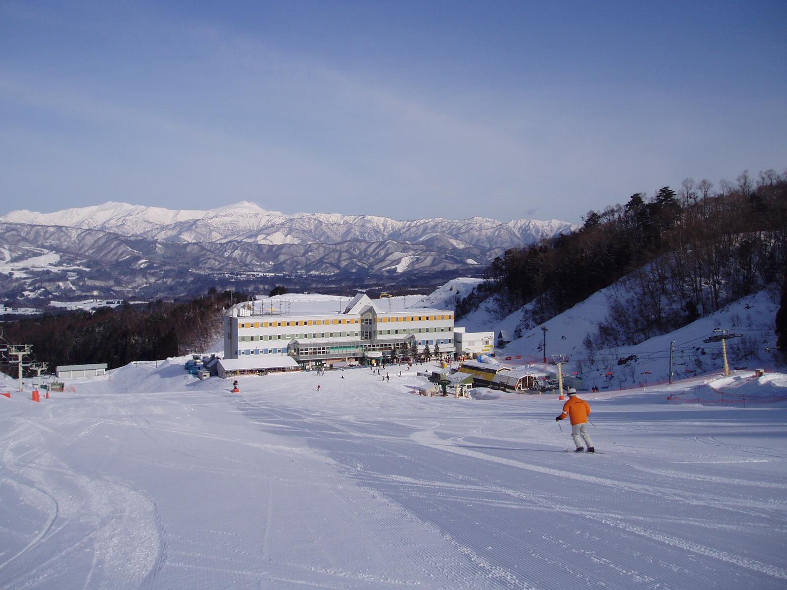 名古屋出發 WHITEPIA高須滑雪場 滑雪一日游