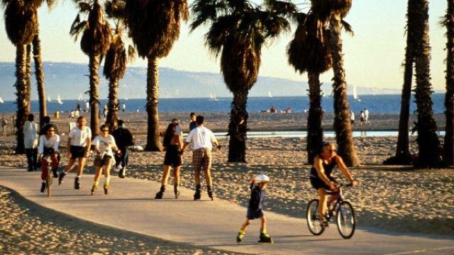 「聖塔莫尼卡海灘」的圖片搜索結果