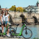 3 Hours Magnificent Tour by E-scooter Hugobike