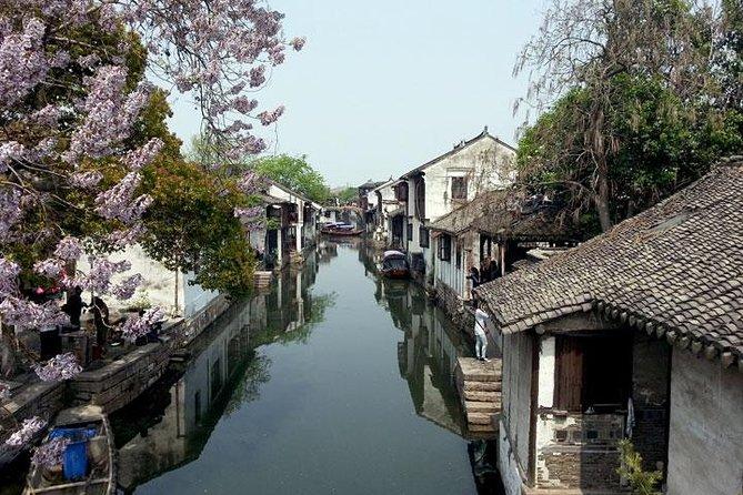 Suzhou Private Day Tour to Zhouzhuang Water Town and Panmen Garden