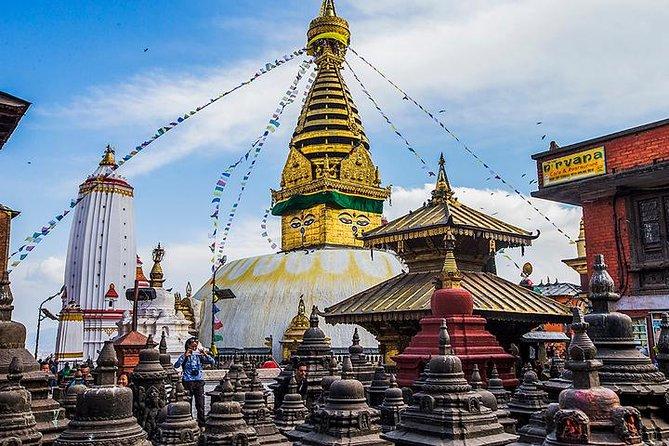 Private Sightseeing Tour of Kathmandu with Swayambunath and Bhaktapur