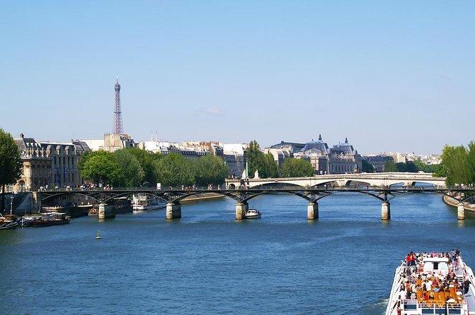 セーヌ川クルーズとパリの運河ツアー
