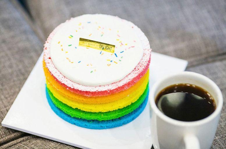 [할인코드 적용 시 19,900원!] Baker's Delight 무지개 케익