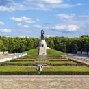 Private Tour Soviet Berlin: The Final Battle and A New Era