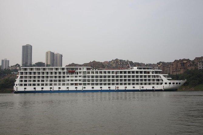 3-Night 4-Day Yangtze River New 5-star Cruise from Chongqing to Yichang