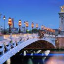 Paris 2.5-hour illuminations night tour