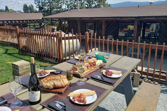 Private Okanagan Wine Tour with Vineyard Picnic